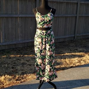 Very J 2 piece Sleeveless floral top & pants - S